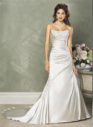 Moje prípravy - moje rezervované svadobné šaty...samozrejme v bielej :)