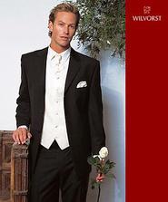Oblečik pre Drahúšika - určite bielo-čierna kombinácia ... :) ... už je kúpený oblečik, aj vestička s viazankou a vreckovkou ... :)