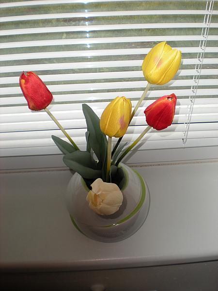 Moje krásne kvetinky - Umelé tulipániky :-)