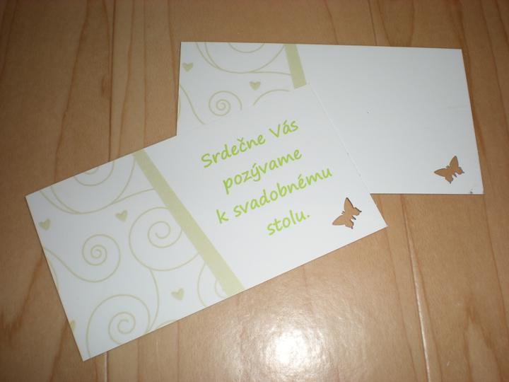 Katka a Maroš - prípravy - Pozvánka a menovka (mená dopíšeme ručne) a farba toho vzoru je zelenšia (musela mi tie menovky a pozvánky prerábať, lebo mali zlú farbu :-) )