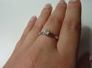 Zásnubní prstýnek :)