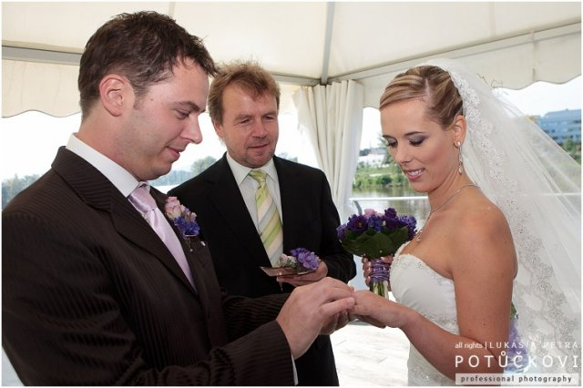 Ivana{{_AND_}}Marek - Šup s prstýnkem na ruku a je to :)
