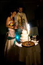 krájanie svadobnej tortičky:) mňam bola úžasná
