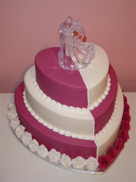 Torty a kvety - Naozaj prekrásna torta...