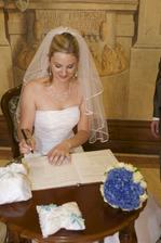 ..tak se mi klepala ruka, že ten podpis byl horší než kdyby se podepisoval prvňáček..