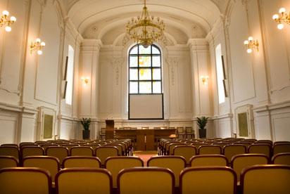 27.8.2011 - inspirace, představy a co už máme - Novobarokní aula uvnitř...zatím favorit