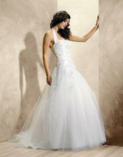 ..líbí se mírně široká či úzká sukně..