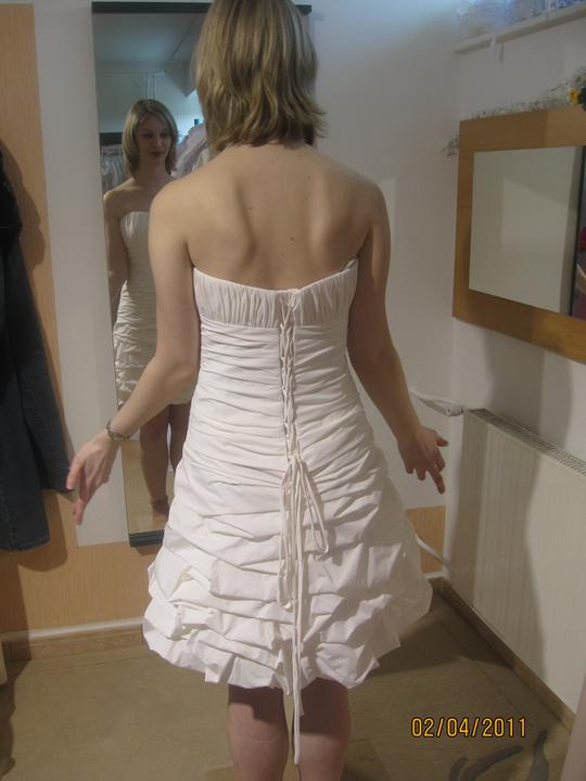 Zkouška šatů - Madora - ..a bílé..