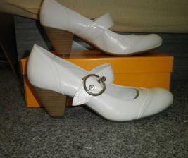 ..oblítala jsem snad všechny obuvi v Brně, abych se pak nakonec vrátila pro ty úplně první boty co jsem zkoušela..