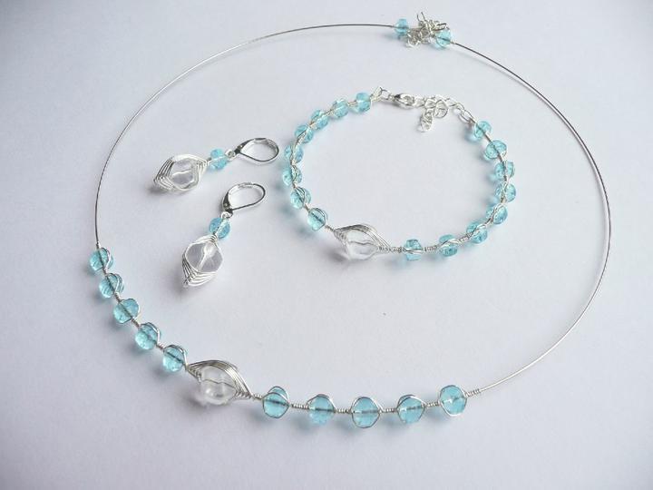 Modro-bílá bižu - Obrázek č. 10