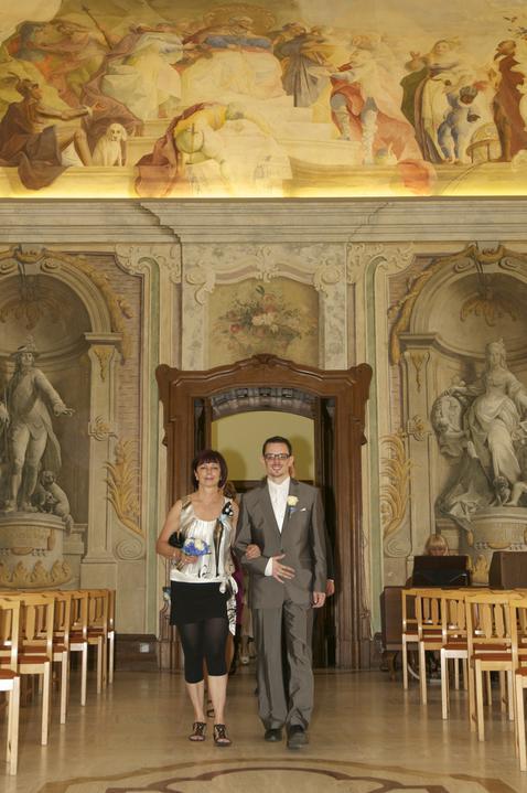 Peťulka{{_AND_}}Karel - ..krásný sál na Lazaretní..jako na zámku..