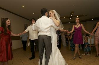 ..první tanec..