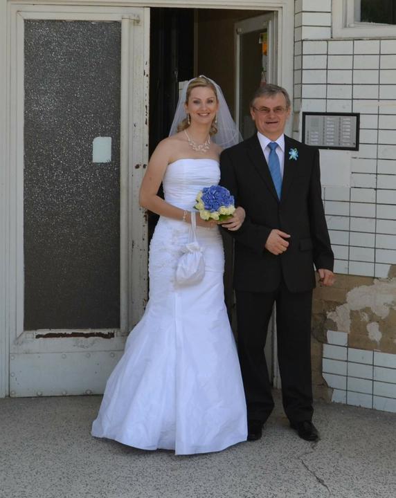 Peťulka{{_AND_}}Karel - ..a jako poslední nevěsta s tatínkem..