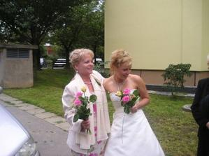 Mum and her daughter - bride :))