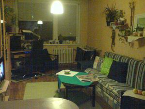 Obývák - dnes sme vybrali nový gauč...už sa nemožem dočkať :)