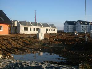 Jeseň 2010 - hrubá stavba 4-domu