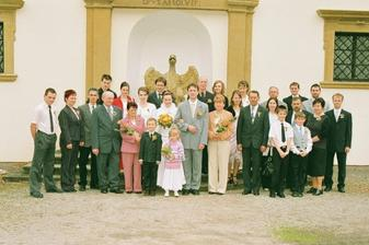 Všichni naši svatebčané.