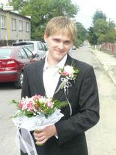 můj milovaný ženich ráno před obřadem:)