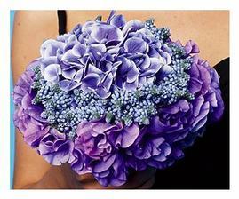 Krásná kombinace několika fialových odstínů, moc se mi to líbí...