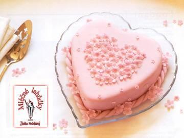 Prvý deň v rozprávke - sladunka torticka :)