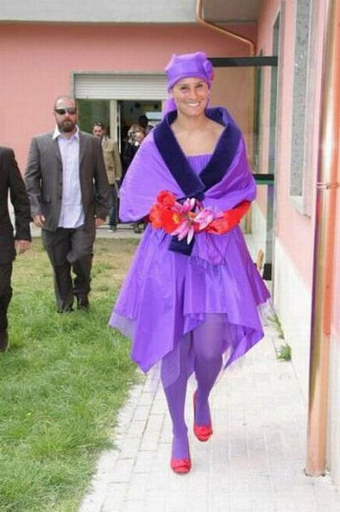 Some wedding pics to make you smile :) - Obrázok č. 19