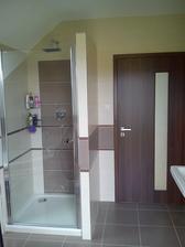Dveře v koupelně