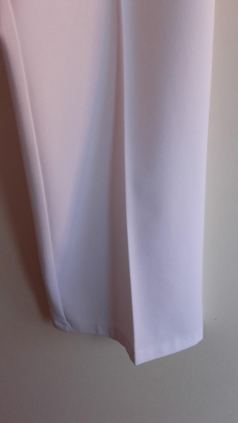 Snehovo biele nohavice - Obrázok č. 2