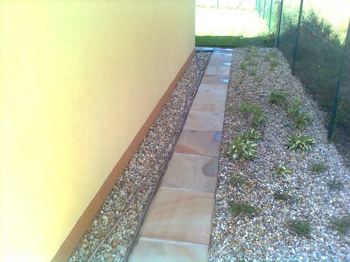 obklady a dlažby z prírodného kameňa (nie betonové a sadrové imitacie) - Obrázok č. 14