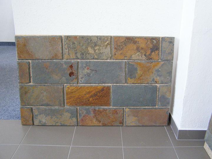 obklady a dlažby z prírodného kameňa (nie betonové a sadrové imitacie) - ručne štiepaná bridlica Rusty 30x15x1 cm