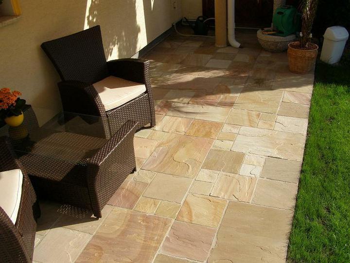 obklady a dlažby z prírodného kameňa (nie betonové a sadrové imitacie) - Ťažká dlažba