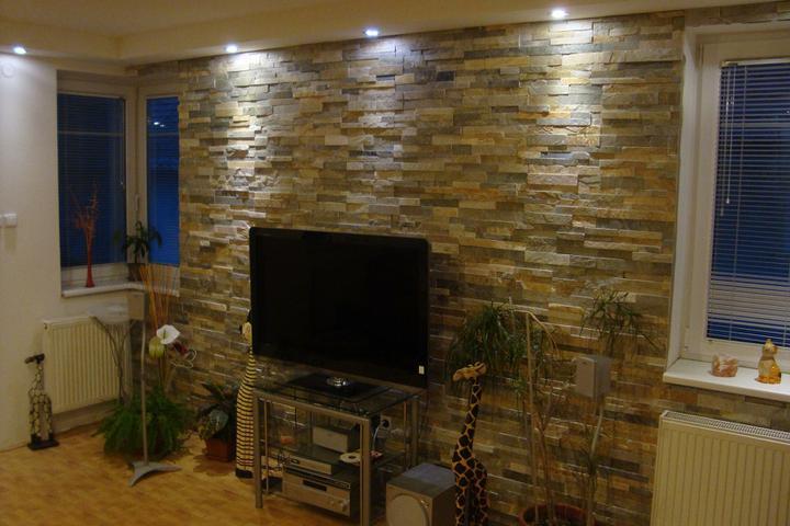 obklady a dlažby z prírodného kameňa (nie betonové a sadrové imitacie) - obklad miešaný kvarcit 35x18x1-2 cm