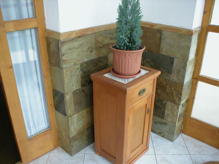 obklady a dlažby z prírodného kameňa (nie betonové a sadrové imitacie) - Obrázok č. 59