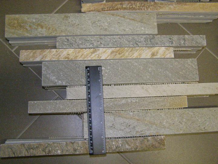 obklady a dlažby z prírodného kameňa (nie betonové a sadrové imitacie) - šedožltý kvarcit mozaika