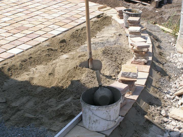 obklady a dlažby z prírodného kameňa (nie betonové a sadrové imitacie) - Obrázok č. 38