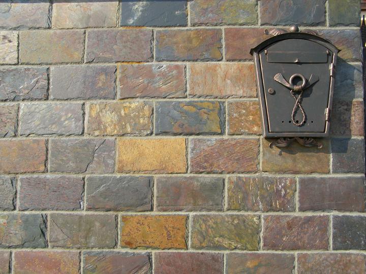obklady a dlažby z prírodného kameňa (nie betonové a sadrové imitacie) - obklad Rusty 30x15x1 cm