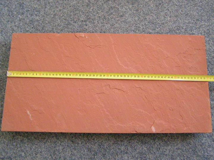 obklady a dlažby z prírodného kameňa (nie betonové a sadrové imitacie) - červený pieskovec 60x30x2 cm cena:21,91.-eur/m2