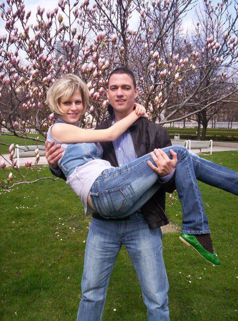 Ivanka a Filip - mám to ja ale siláka:-))...i ked ked mi pri tom povedal, že ho seklo v krížoch:-))