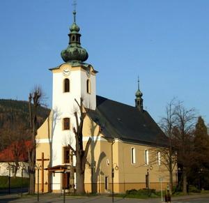 Přípravy začaly :) - v tomto nádherném kostelíku si řekneme ANO :)