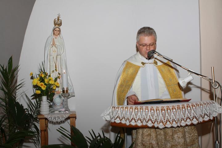 Pavla Jakabová{{_AND_}}Zoltán - Najzlatší p. farár