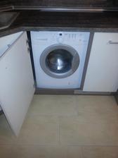 skrytá práčka
