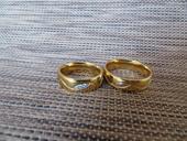 Snubní prsteny pozlacená chirurgická ocel,
