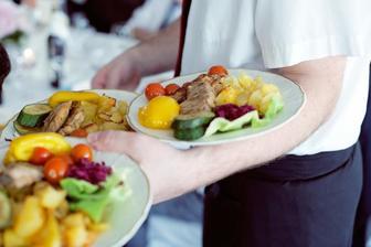O jedlo a obsluhu sa mi postará reštaurácia DAMI Horná Streda
