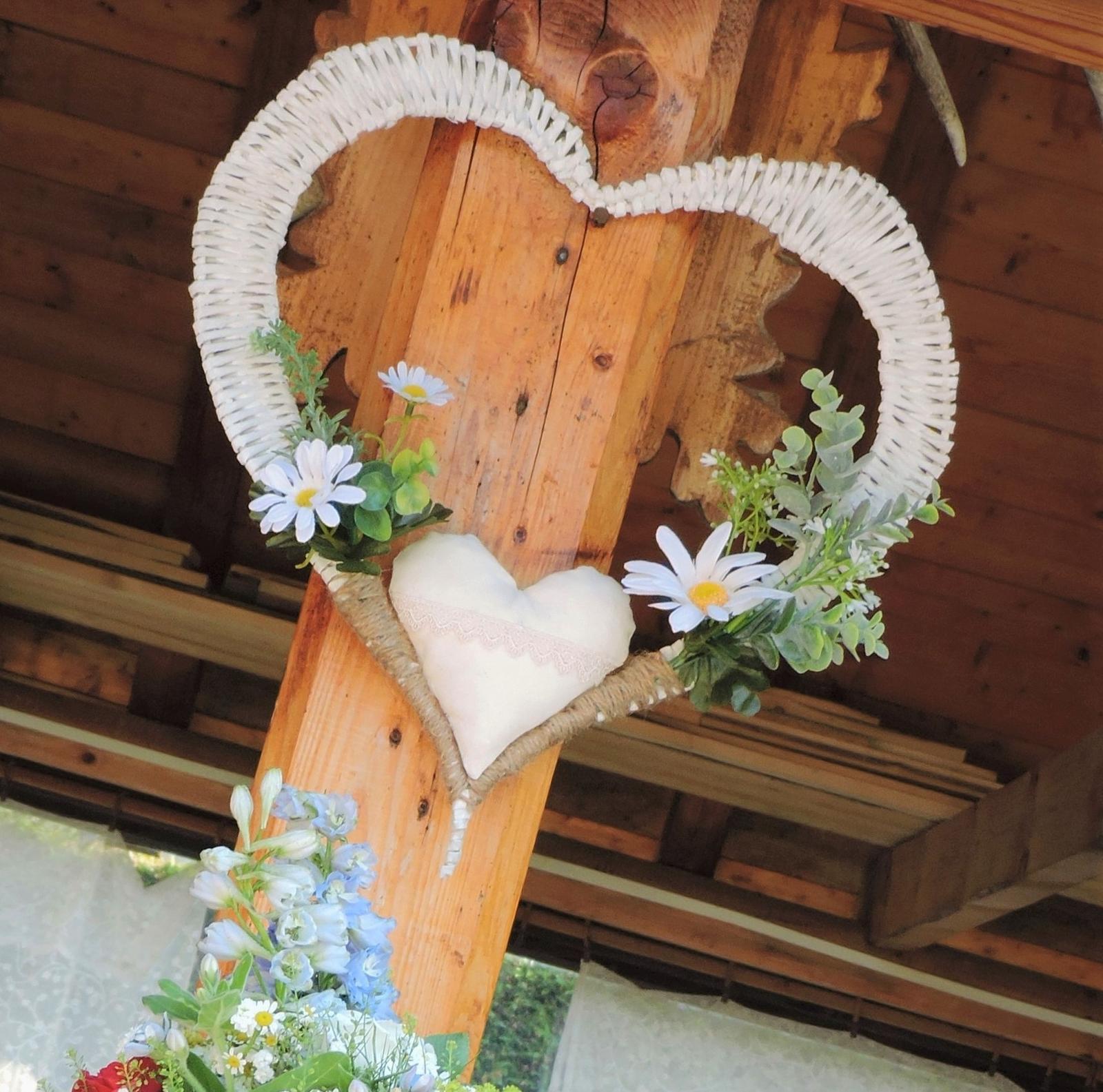 Ručne pletené srdcia - Obrázok č. 1