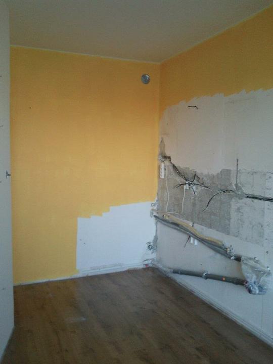 Moja vysnívaná kuchyňa - na stenu som vybrala žltú farbu