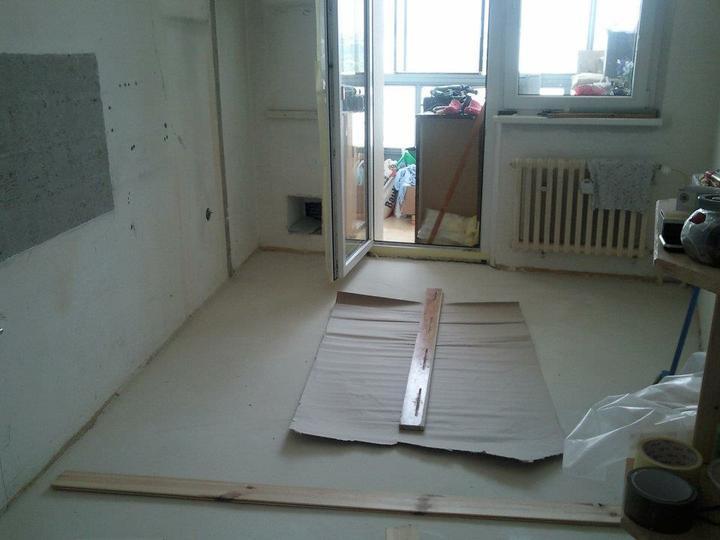 Moja vysnívaná kuchyňa - podlaha vyliata, vytvrdnutá