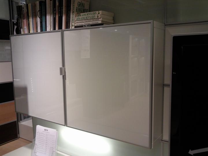 Moja vysnívaná kuchyňa - takúto skrinku plánujem na stenu nad stolom