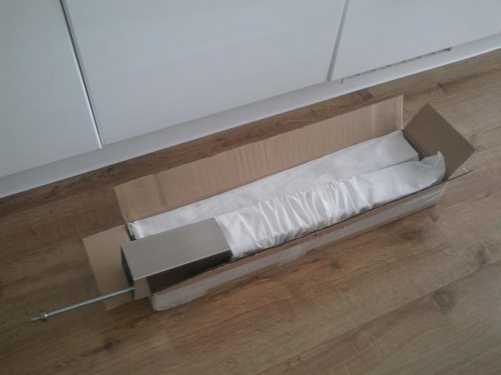 Moja vysnívaná kuchyňa - už máme doma aj podnooož, huráá :-D nožičky pekne zabalené :-)