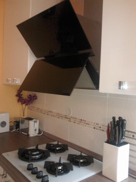 Moja vysnívaná kuchyňa - takto vyzerá digestor v akcii :-)