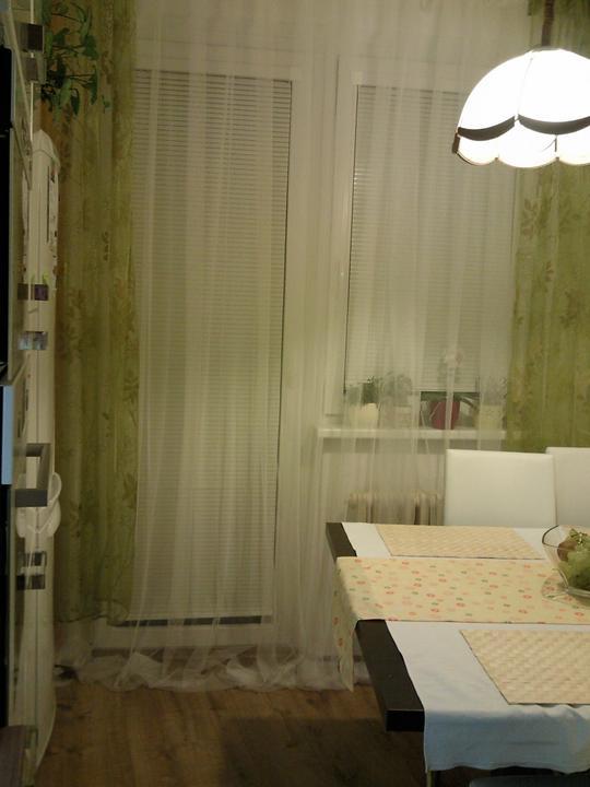 Moja vysnívaná kuchyňa - kúpila som si dnes záclonu do kuchyne :-) manžel hádal cenu a neuhádol :-D
