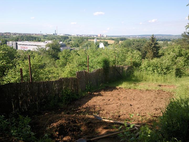 Príbeh našej záhrady/chatky, príp. čo sa mi páči - niečo sa tu rysuje :-)